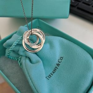 Tiffany Silver interlocking circles necklace